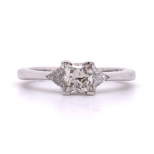 The Sima Diamond Engagement Ring in 14kt White Gold