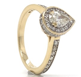 The Matchima Diamond Engagement Ring in 14kt Yellow Gold