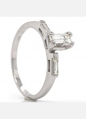 The Orla Diamond Engagement Ring in 14kt White Gold